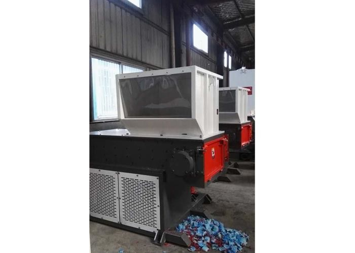 Custom Color Waste Shredder Machine 3500kg Unit Weight Economic Low Noise